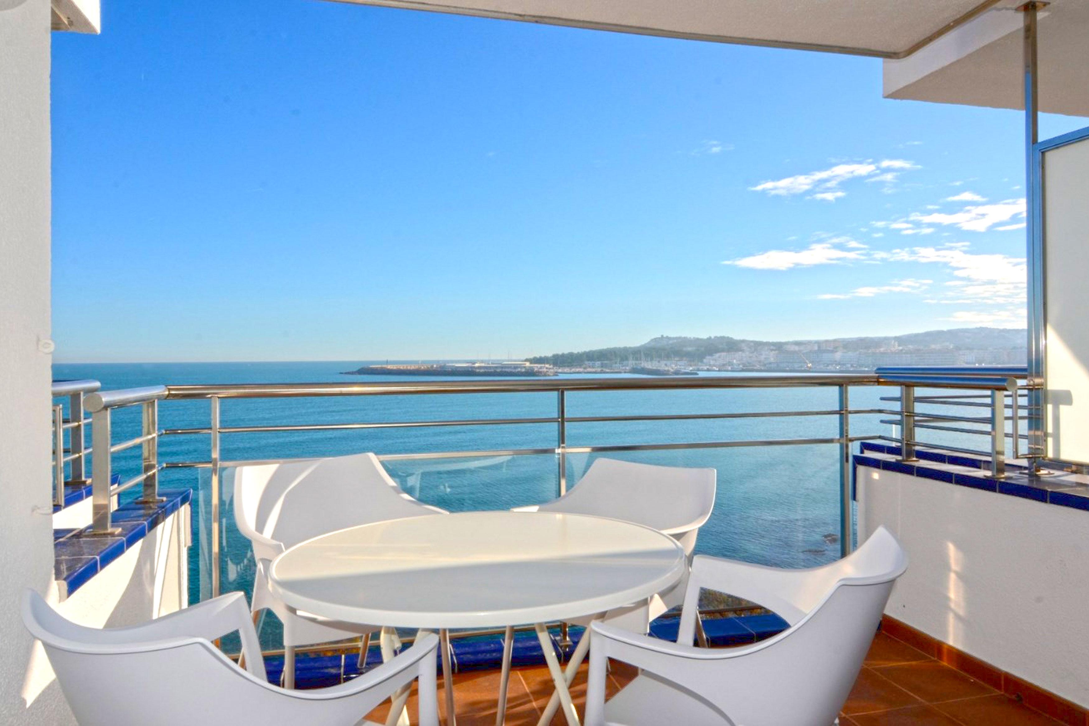 Vistamar l'Escala uitzicht op zee