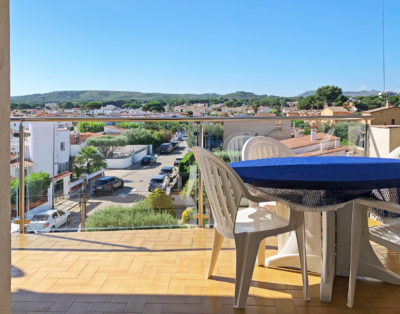 APPARTEMENT 6P AIRCO 250M STRAND